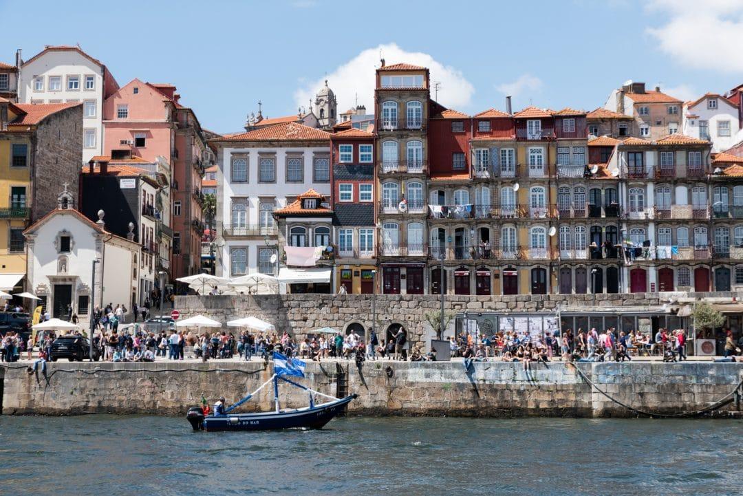 Balade en bateau sur le douro vue sur les quais
