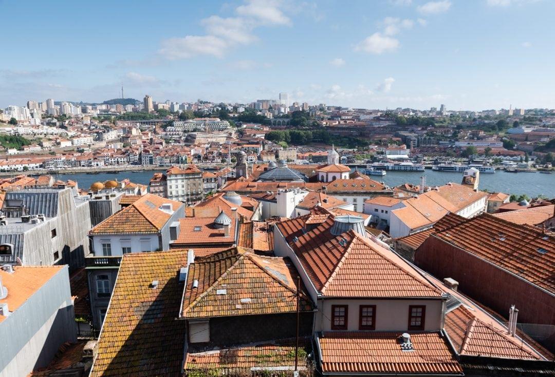 Vue sur les toits de Porto