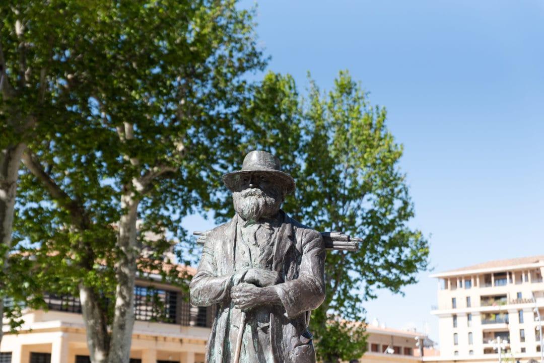 Statue de Paul Cézanne - Place de la Rotonde à Aix-en-Provence