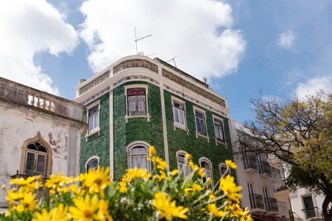 façade Lagos