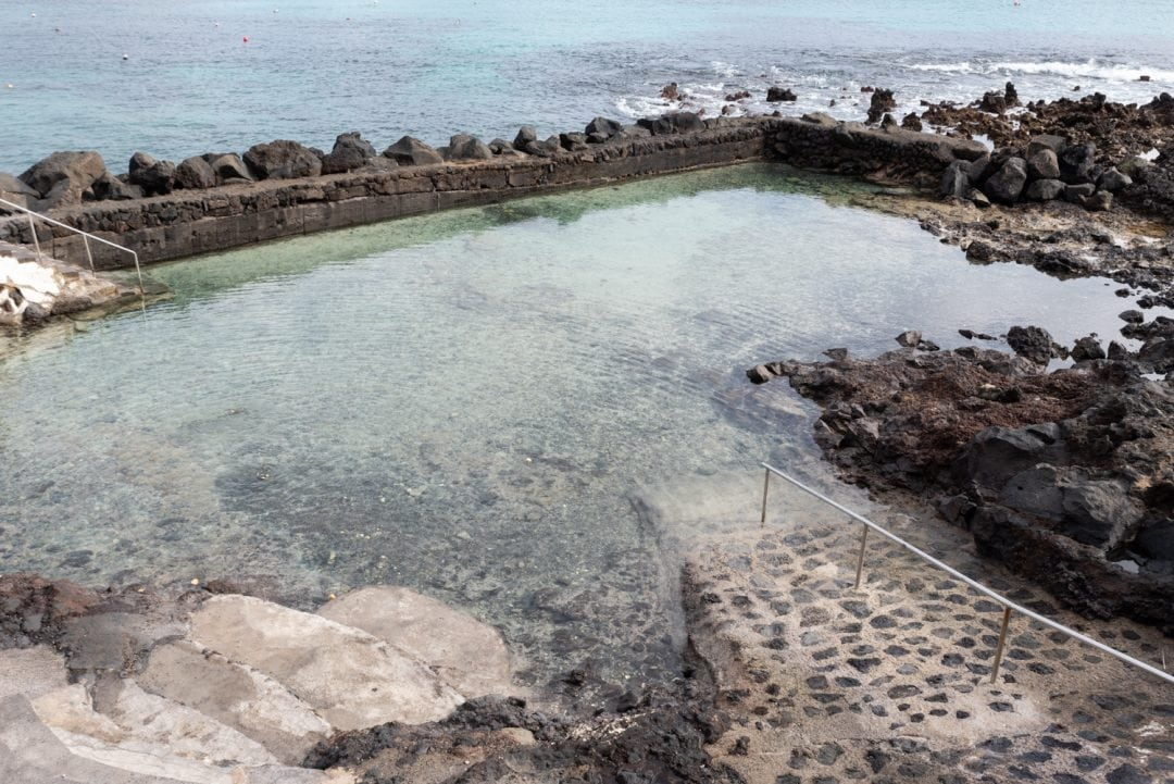 Piscine naturelle à Punta Mujeres - Lanzarote